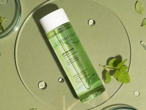 FRESH&SPLASH Dvojfázový odstraňovač mejkapu s čerstvým výťažkom z uhorky a vitamínom E 200ml