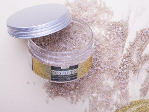 L´Cosmetics GOLD LUXURY Morská soľ do kúpeľa s penou a trblietkami 200ml